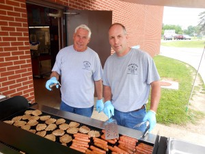 "ubmitted Al and Tim Fenselon, from Fenselon Plumbing and ""Friends of Mike's,"" grilled hot dogs and hamburgers for all students and staff on the last day of school. They donated their time and paid for all the food. Tim said, ""We're giving back to those in the community who have given to us over the years."""