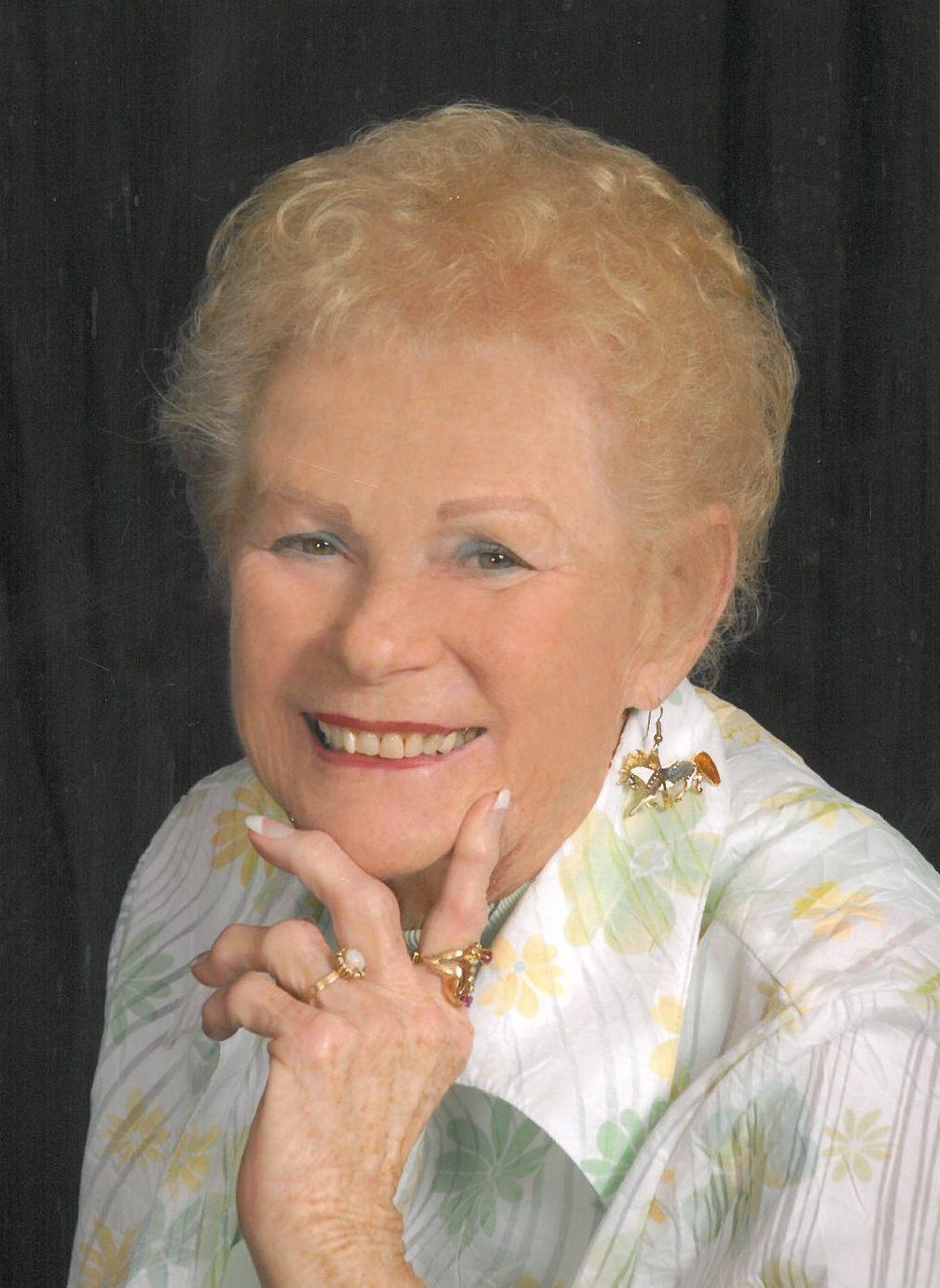 Mary Dees,Patti McCarty Adult video Salma de Nora,Linda Dano